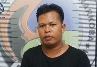 Pecatan Polisi Digelandang Petugas ke Mapolres Prabumulih
