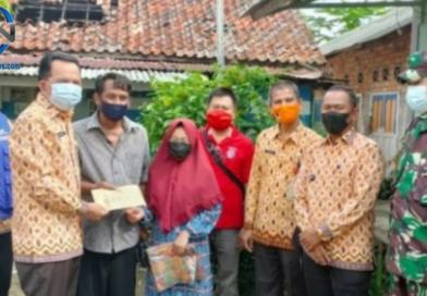 Ridho Yahya Sambangi Korban Kebakaran di GIB dan Menyerahkan Bantuan